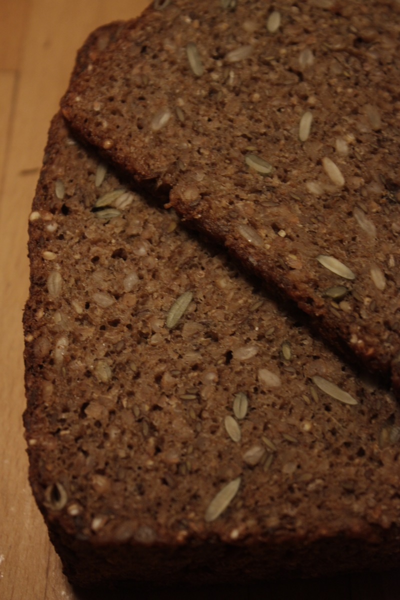 brød med surdej
